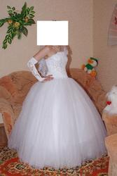 Продам свадебное платье в хорошем состоянии размер 42-46